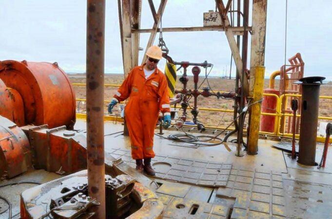 petrolero-torre