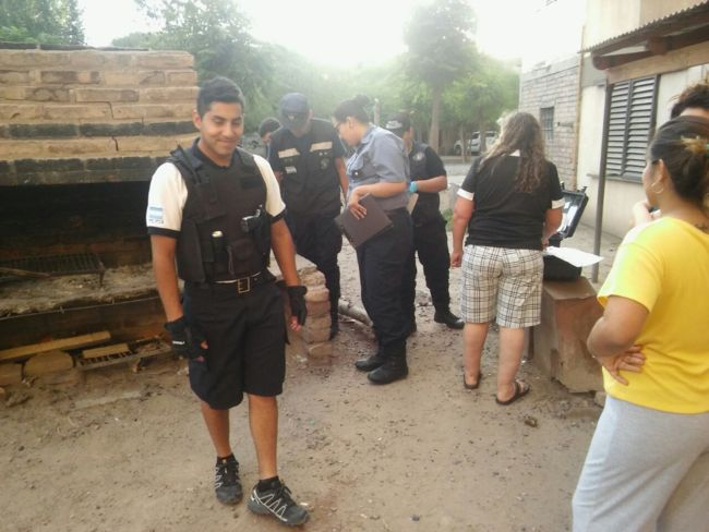 Catriel25Noticias.com allanamiento-catriel Catriel. Más armas y drogas. Intenso operativo policial Destacadas LOCALES