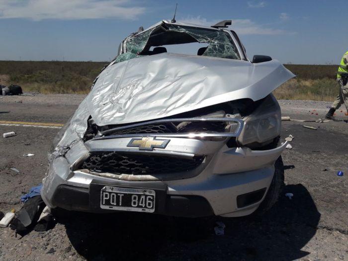 Catriel25Noticias.com acc-puelen3 Ruta 151. Vuelco fatal. Un muerto y dos heridos Destacadas NOTICIAS