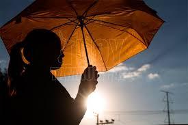 Catriel25Noticias.com calor-sombrilla Arde la ciudad. Se esperan 40° para esta semana Destacadas LOCALES NOTICIAS