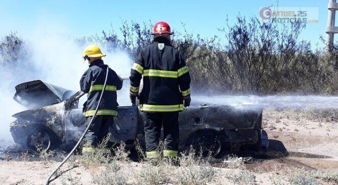 Catriel25Noticias.com incendio-camio2-662x363 Se incendió una camioneta en ruta 151 LOCALES SOCIEDAD
