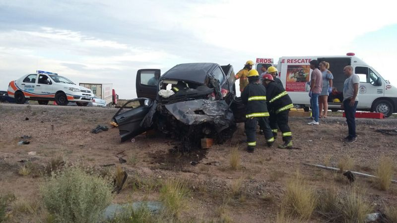 Catriel25Noticias.com acc-uruguayos1 Ruta 151 trágica. Choque frontal, dos muerto y un herido grave Destacadas NACIONALES NOTICIAS