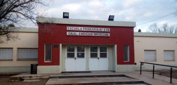 Escuela 218