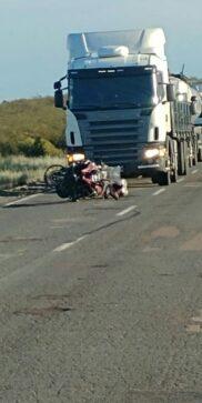 Catriel25Noticias.com ac-moto-puelen2-182x363 Ruta 151. Padre e hija viajaban en moto, reventaron una rueda, el hombre murió Destacadas LOCALES NOTICIAS