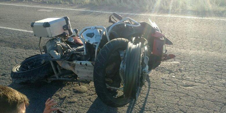 Catriel25Noticias.com ac-moto-puelen5 Ruta 151. Padre e hija viajaban en moto, reventaron una rueda, el hombre murió Destacadas LOCALES NOTICIAS