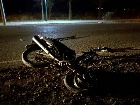 Catriel25Noticias.com ac-moto-acceso3-484x363 Catriel. Motociclista murió en choque frontal Destacadas LOCALES NOTICIAS