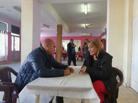 Catriel25Noticias.com matzen-perfumo-484x363 Catriel. La Diputada Lorena Matzen visitó la ciudad Destacadas LOCALES NOTICIAS