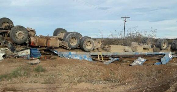 Catriel25Noticias.com ac-don-pedro Peñas Blancas. Camión volcó en curva peligrosa Destacadas LOCALES NOTICIAS