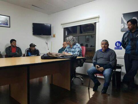 Catriel25Noticias.com astrada-petroleros-1-484x363 Despidos petroleros. El gremio transmitió tranquilidad a trabajadores Destacadas NACIONALES NOTICIAS