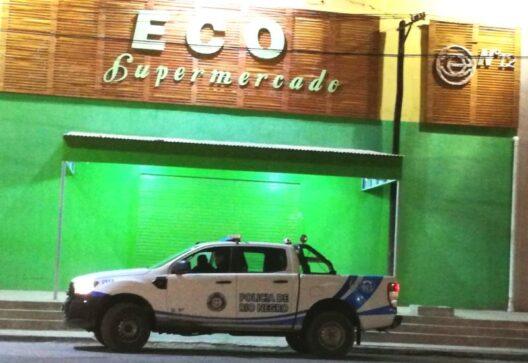 Catriel25Noticias.com super-eco12-528x363 Policía busca a asaltante de la capucha. Secuestran auto con pedido de captura Destacadas LOCALES NOTICIAS