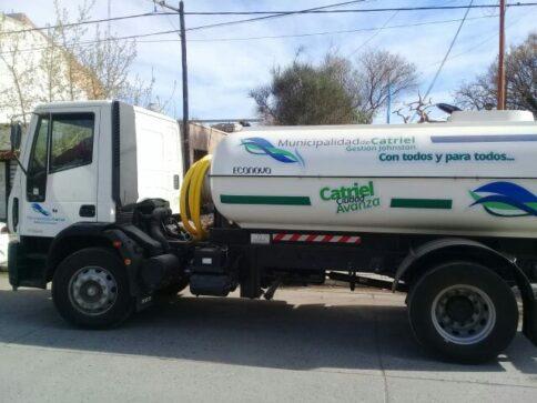 Catriel25Noticias.com camion-regador-484x363 Municipio de Catriel suma nuevas unidades Destacadas LOCALES