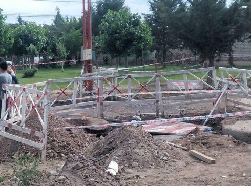 """Catriel25Noticias.com cloacas-obras-490x363 Catriel. Responsables de la empresa """"Rimsol"""" a juicio por la muerte de un operario Destacadas LOCALES"""