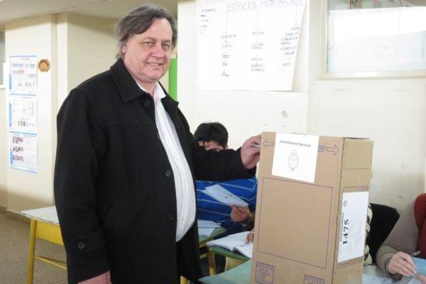 """Catriel25Noticias.com johnston-voto-paso-2015 Política. """"Ely"""" Cofré: """"Estoy preparada para ser Intendente"""" Destacadas LOCALES"""