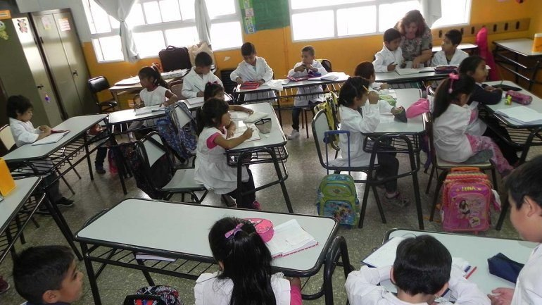 Catriel25Noticias.com escuela-alumnos Entrevista: Mónica Silva, Ministra de Educación (Río Negro) Destacadas PROVINCIALES