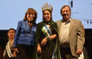 Catriel25Noticias.com reina-del-petroleo-2018-19-300x194 Catriel y todas sus Noticias