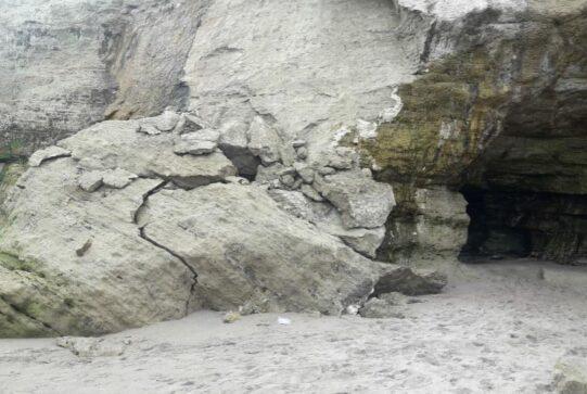 las grutas acantilados - Catriel25Noticias.com