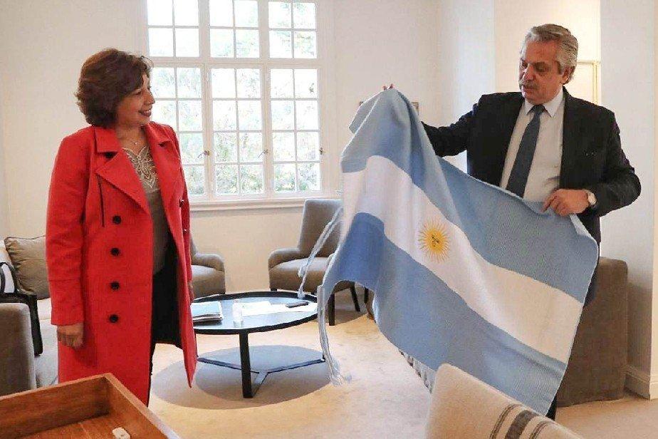 arabela fdez - Catriel25Noticias.com