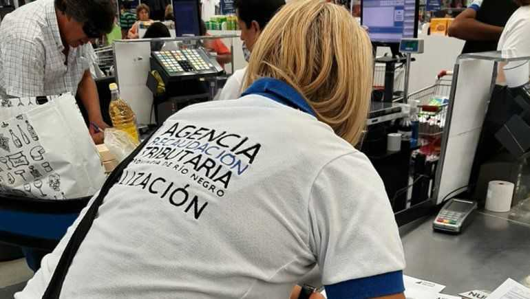 Tras control de la AGR, detectaron precios desmedidos y faltante de mercadería en supermercados
