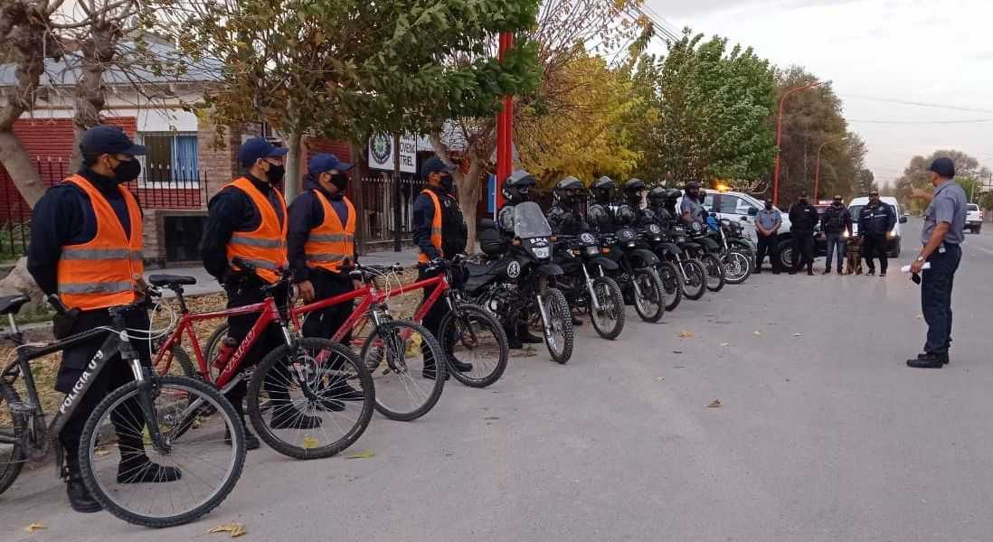 policias motos - Catriel25Noticias.com