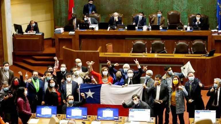 Chile podría reducir la semana laboral a cuatro días