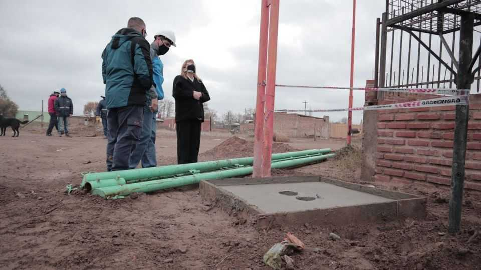 Catriel: municipio realiza tareas de alumbrado público